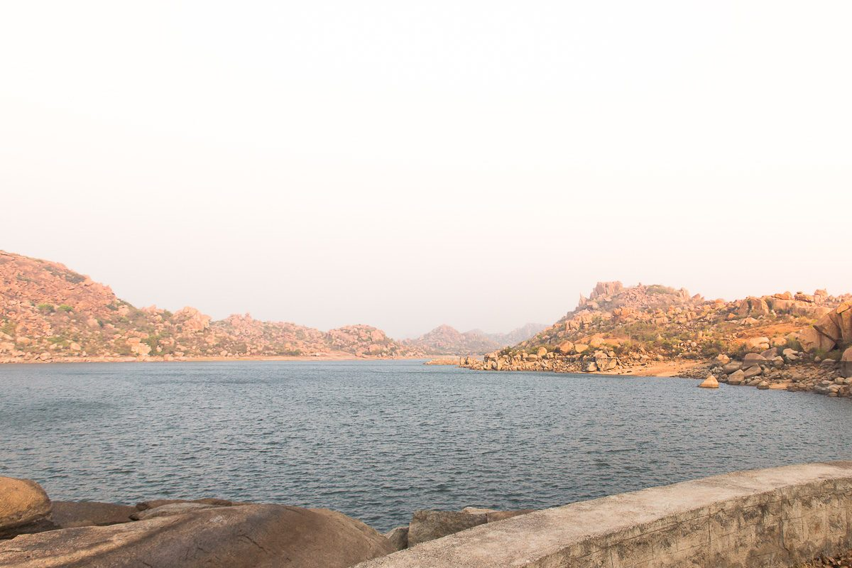 Things to do in Hampi: the Lake in Hampi Island