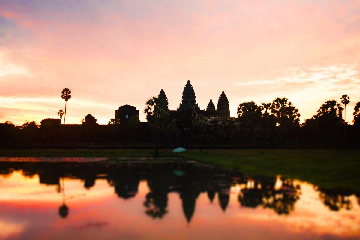 southeast asia bucket list: angkor wat cambodia siem reap