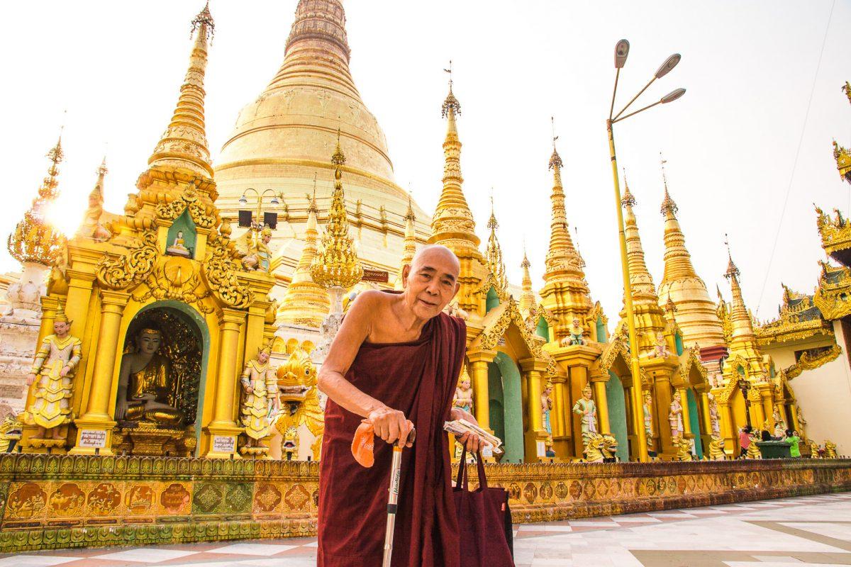 southeast asia bucket list: shwedagon pagoda myanmar
