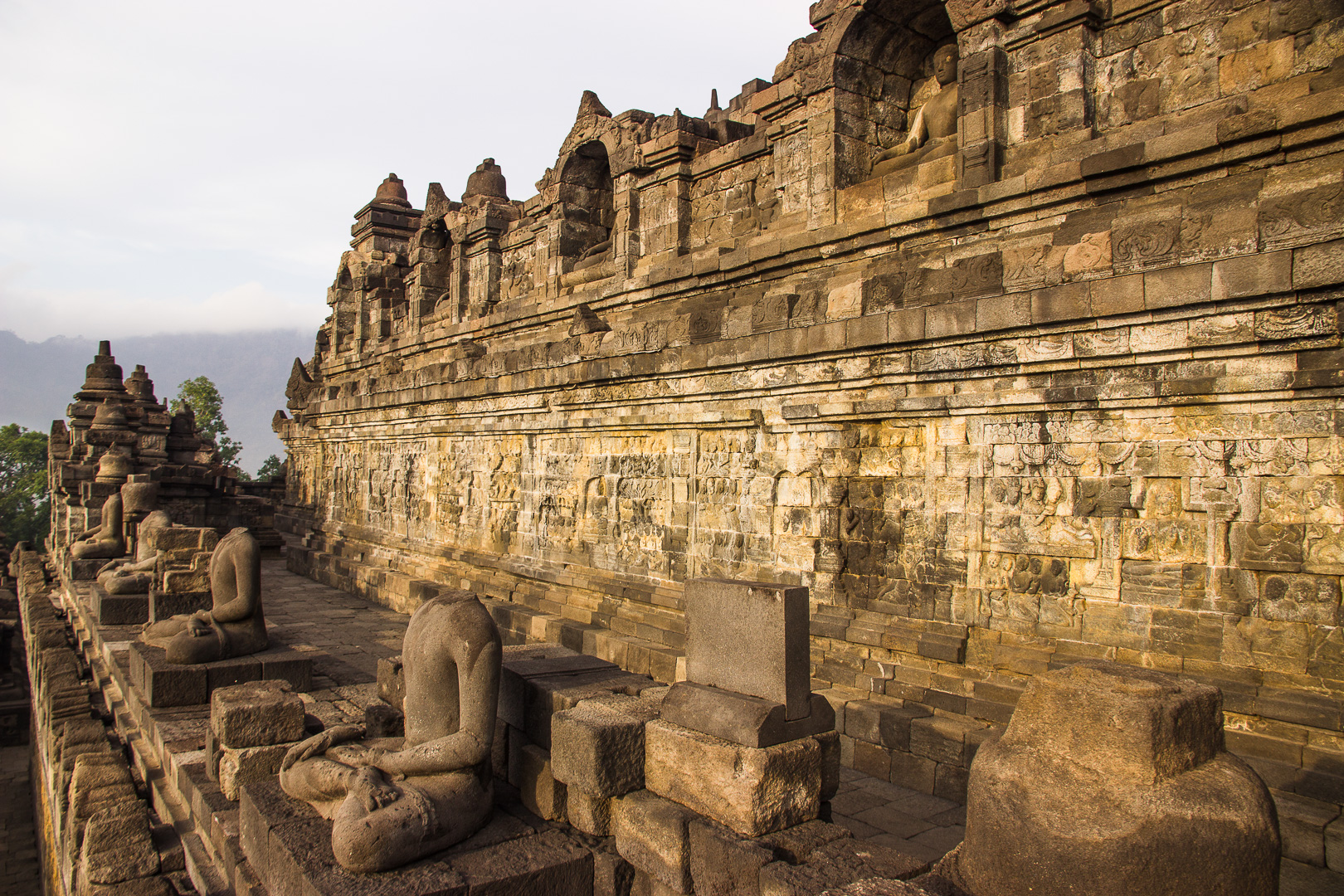 sunrise at borobudur - omnivagant