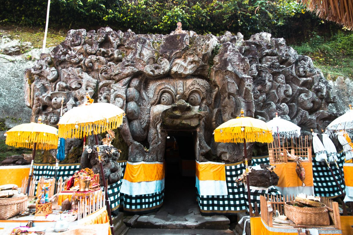 goa gajah elephant cave temple in ubud bali