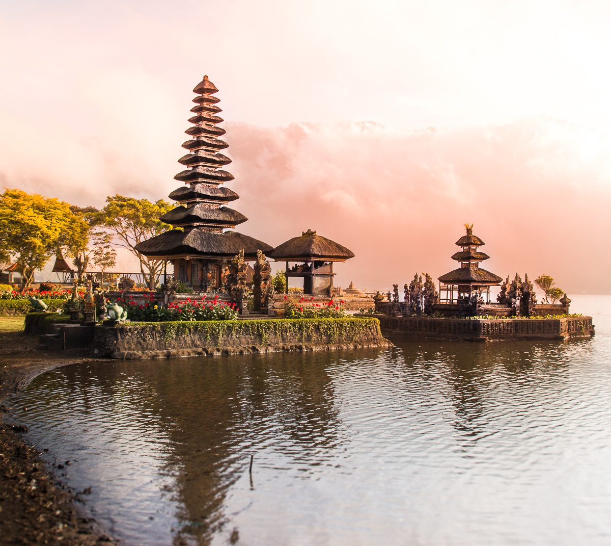 pura ulun danu beratan for sunrise omnivagant bali for first timers