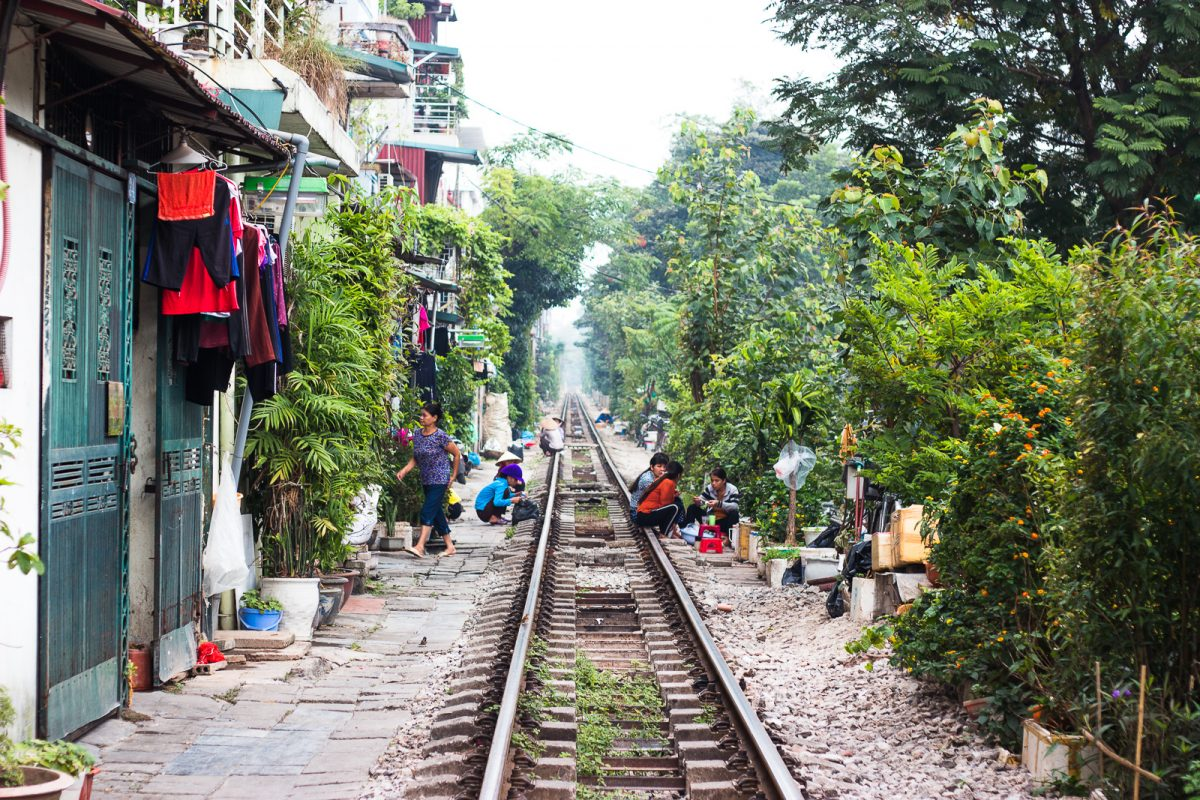 Hanoi Travel Guide - Things to do in Hanoi: Train Street