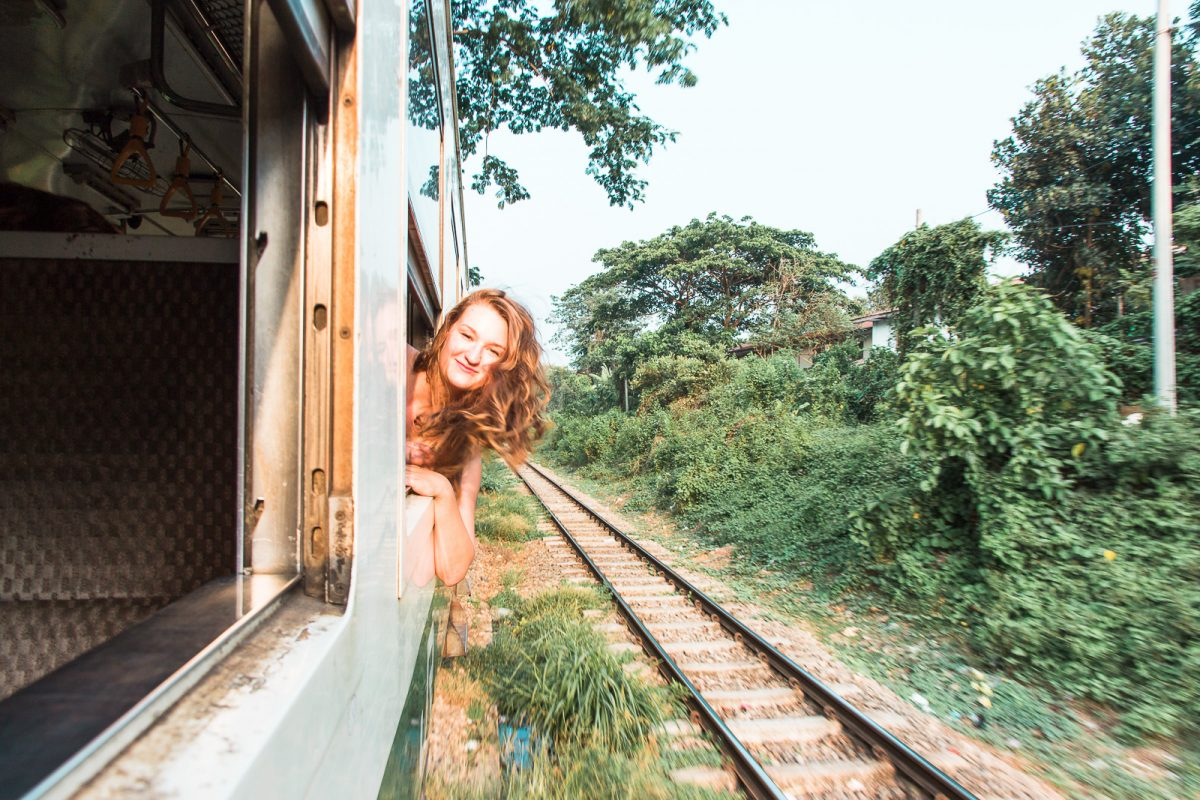 Myanmar Travel Guide - Circle Train Yangon