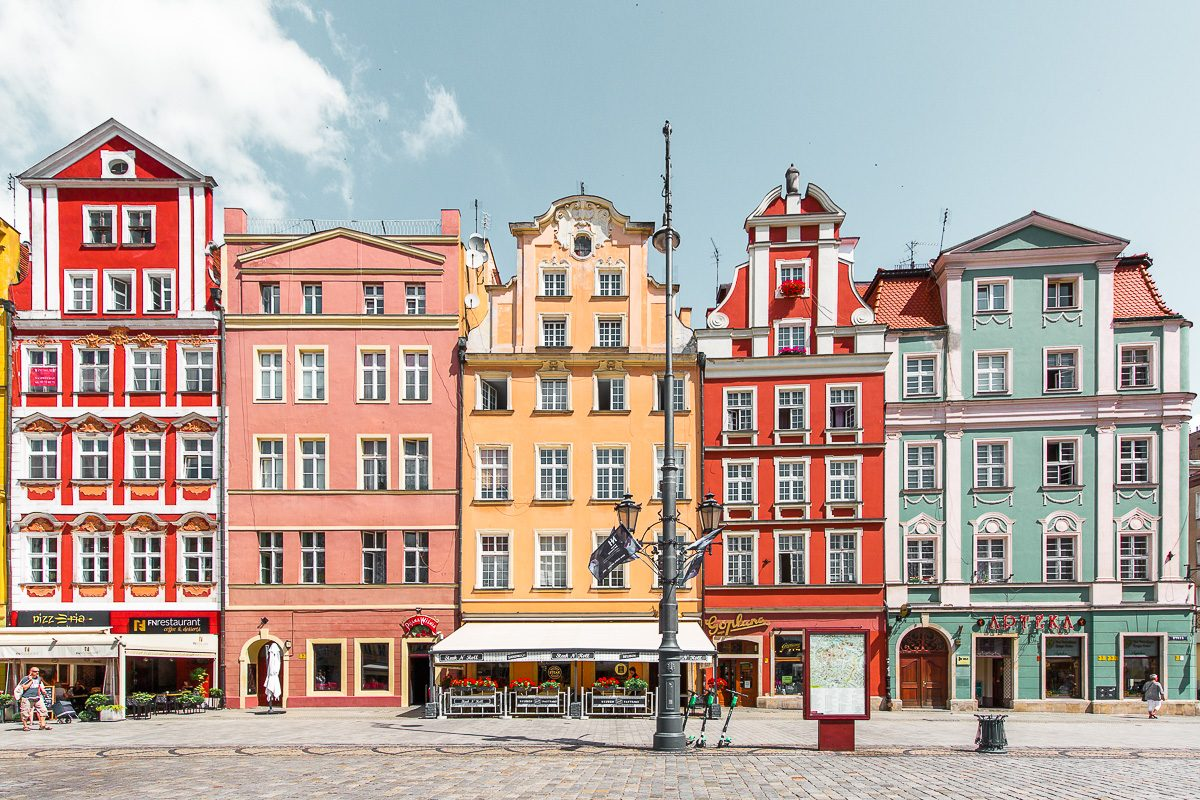 colourful buildings at Rynek Wroclaw