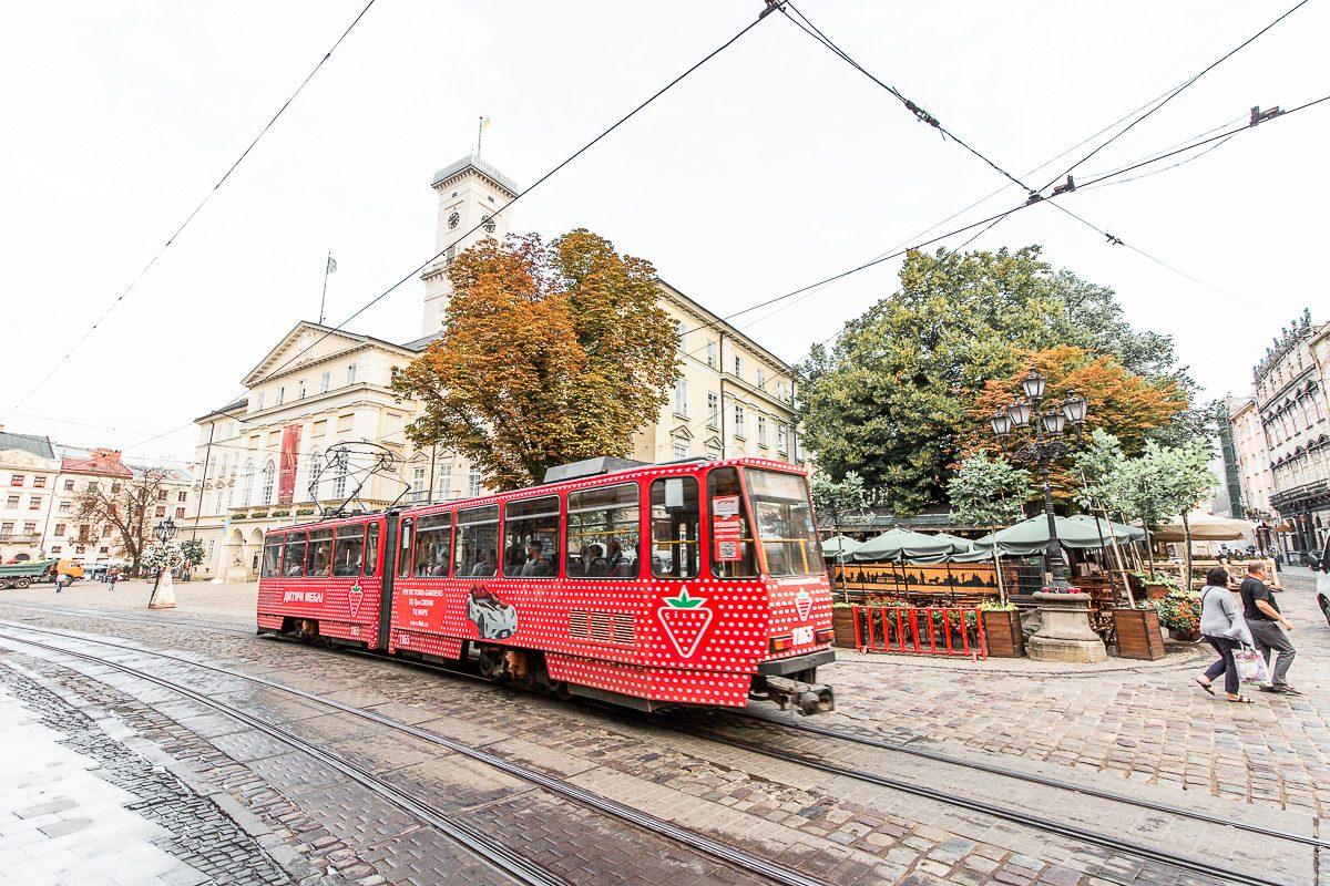 tram lviv ukraine
