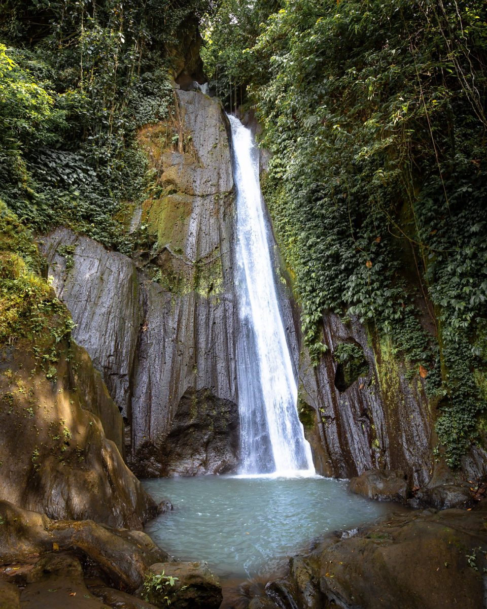 the dusung kuning waterfall in bali