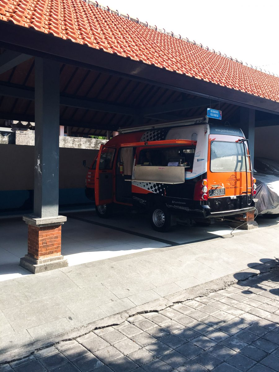 van outside of the denpasar immigration office